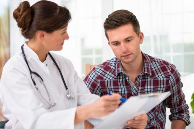 Пациент на приеме и у врача