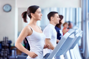 Тренировка на беговой дорожке