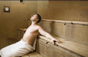 мужчина в бане