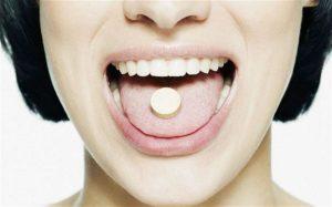 таблетка во рту